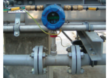A Thermatel TA2 thermal mass flow meter measuring biogas in the field