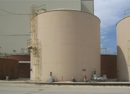 Tank blanketing in oil-gas field processing